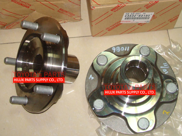 43502-60190,Genuine Toyota VDJ200 Land Cruiser Wheel Hub